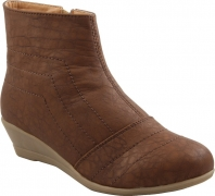 Adorn Boots  (Brown)